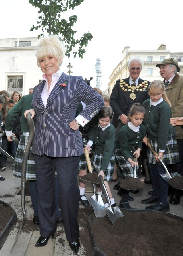 Barbara Windsor plants her pear tree in Marylebone