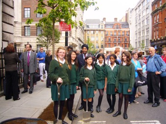 We are delighted that Kulveer Ranger (Mayor of London Boris Johnson's Director of Environment) and representatives of St Marylebone School's Green Club